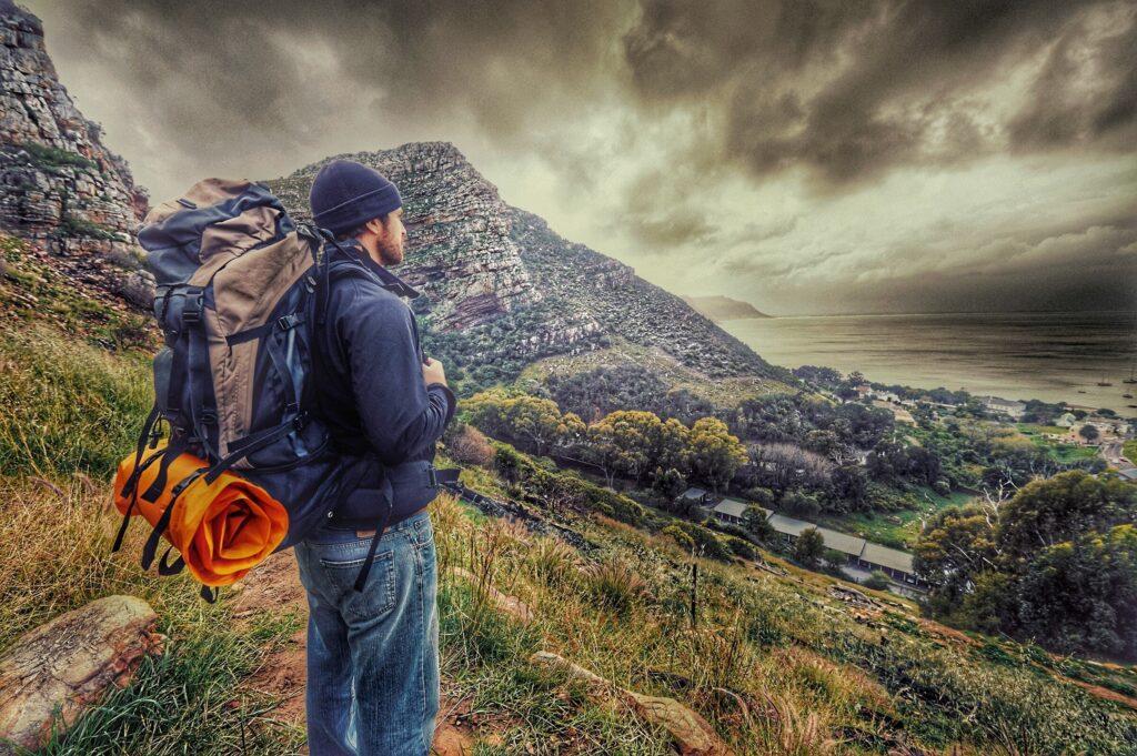 """Schweizer Survival Online-Shop unter der Kategorie """"Camping"""" finden Sie zahlreiche und günstige Produkte wie Camping Zelt, Camping-Matten, Camping-Kocher, Camping-Stühle, Camping-Tische, Camping-Bedarf und verschiedene Outdoor, Camping und Survival-Produkte."""