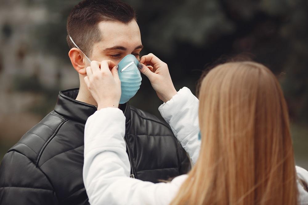 Atemschutzmaske korrektes Anlegen