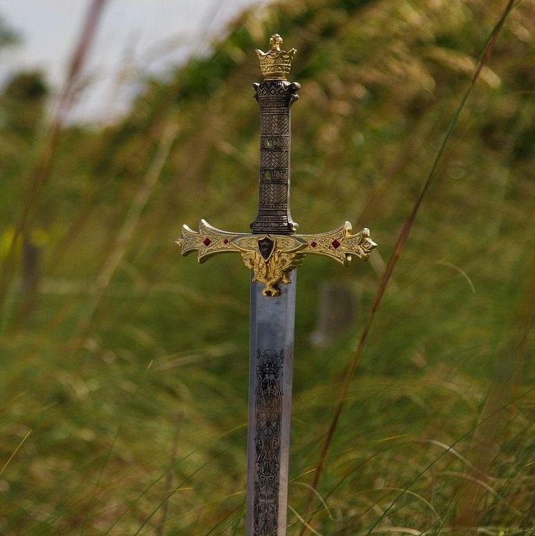 Schweizer Online-Shop für Schwerter, Katanas, Mittelalter Schwerter, Morgenstern, Klingen, Samurai-Schwert kaufen, Schwert aus Stahl zum kämpfen kaufen Schweiz