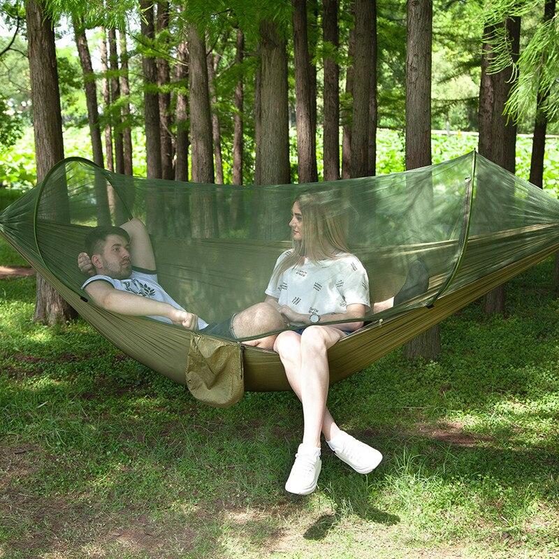Hängematte mit Mückennetz